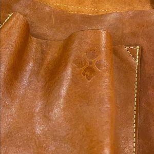 Patricia Nash Bags - Patricia Nash leather crossbody purse.